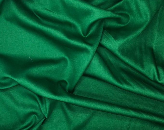 High quality cotton satin, green nr16