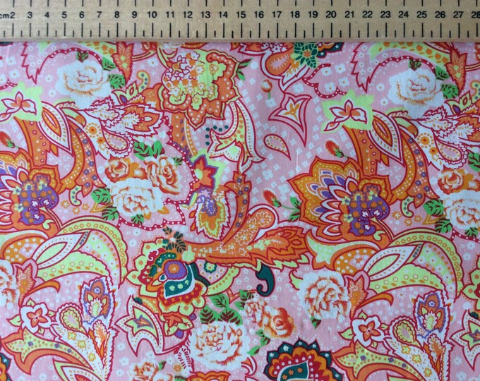 High quality cotton poplin, pink/orange paisley print