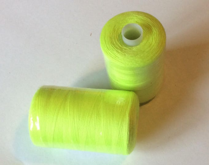 Sewing thread, 1000yds or 915m, neon yellow