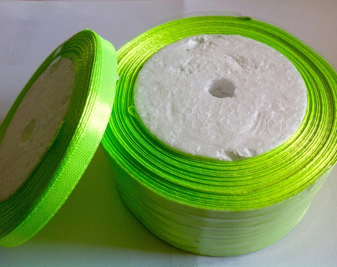 Roll of 22.5m of satin ribbon single face, flashy green no57