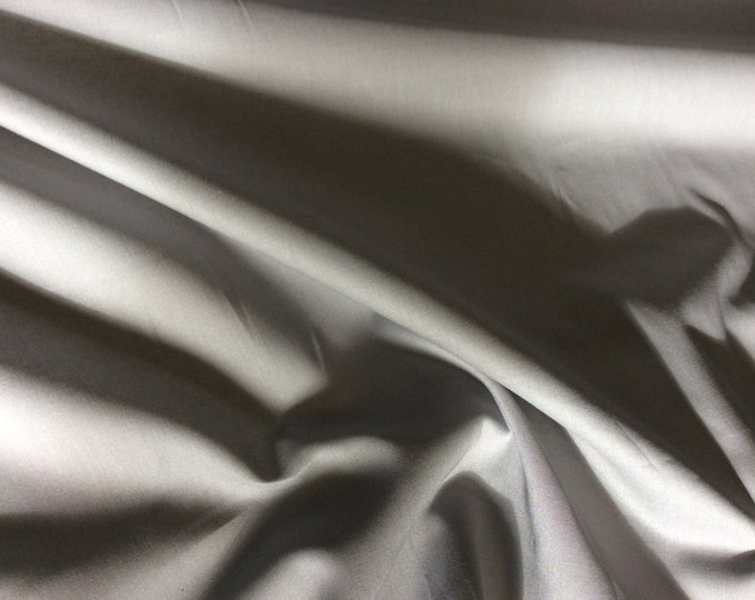 High quality cotton lawn dyed in Japan. Grey no43
