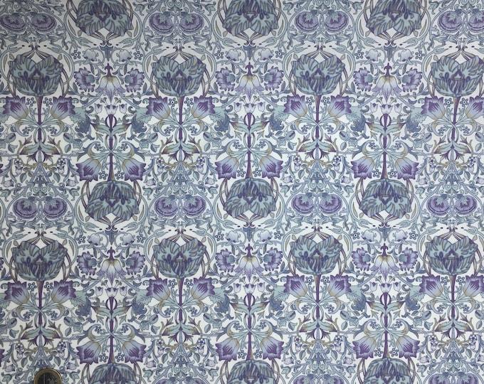 English Pima lawn cotton fabric, jugend style foliage