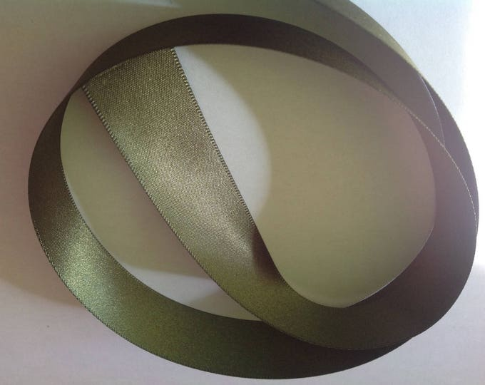 Double sided sateen ribbon, moss green no177