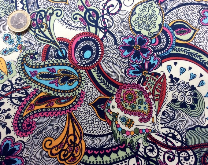 English Pima lawn cotton fabric, priced per 25cm. Paisley