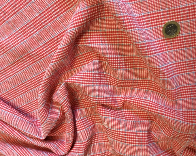 Clothing check weaved fabric