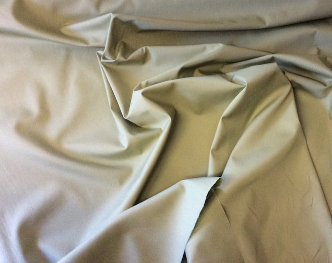 High quality cotton poplin dyed in Japan. Reed green no50