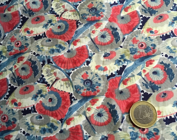 English Pima lawn cotton fabric, priced per 25cm. Umgrellas, japanese inspired
