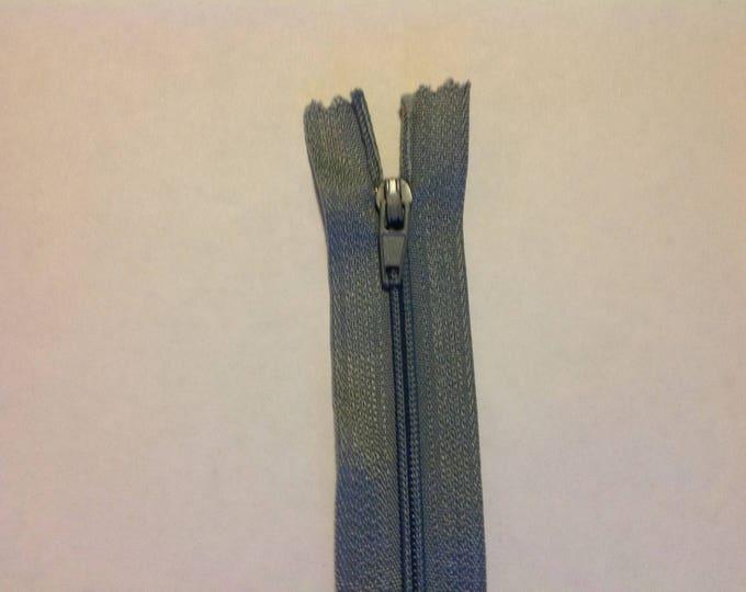 "Nylon coil zipper, 30cm (12""), grey"