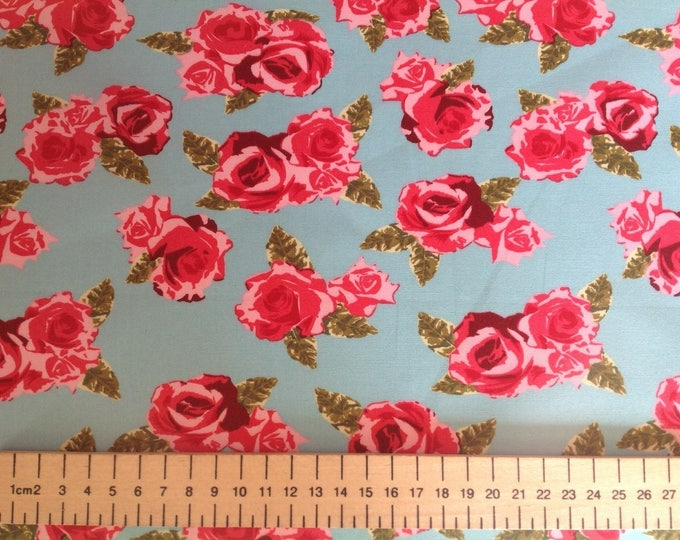 High quality cotton poplin, vintage roses on turquoise