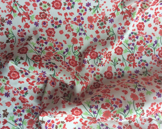 High quality cotton poplin dyed in Japan with Floral print, off white