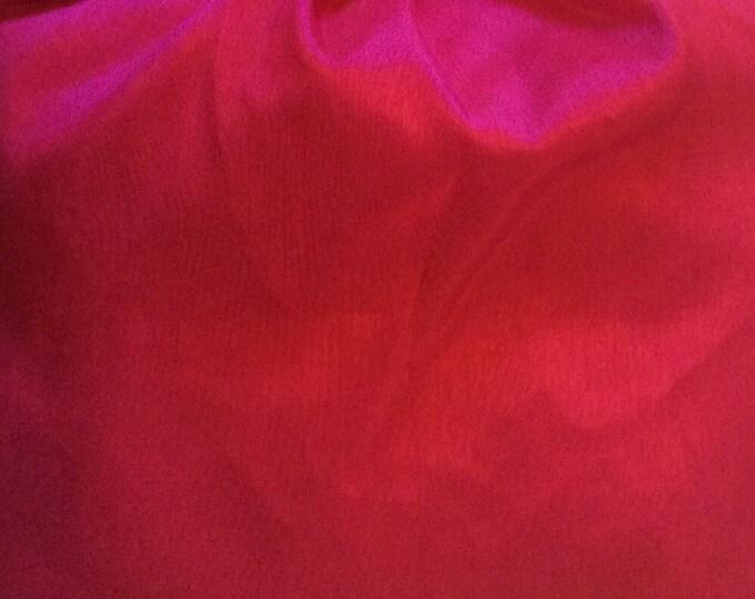 Antistatic acetate lining, raspberry
