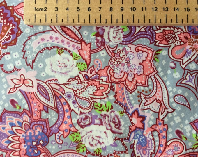 High quality cotton poplin printed in Japan, paisley print