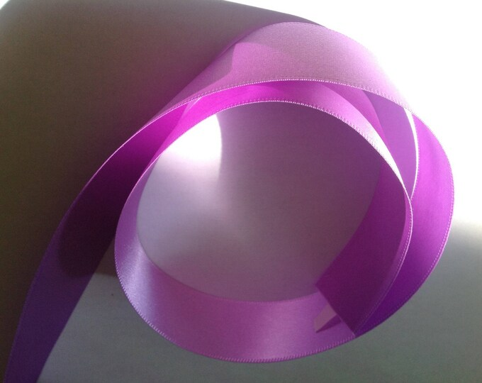 Double sided sateen ribbon, light lilac no133