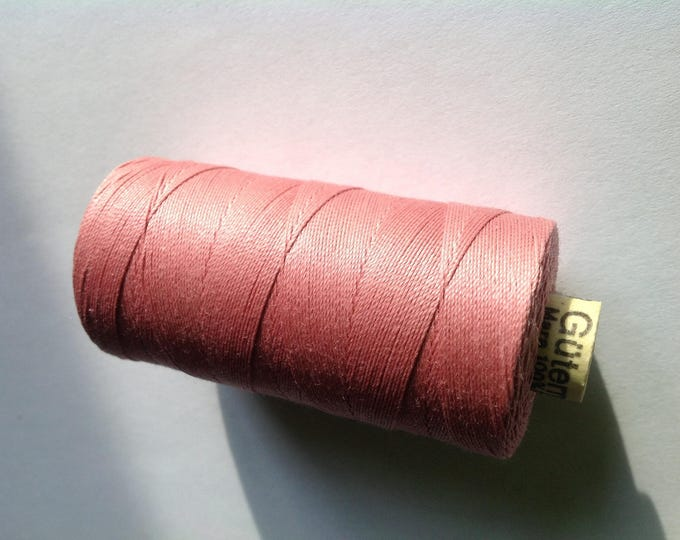 Extra strong Gutermann sewing thread, antique pink no473