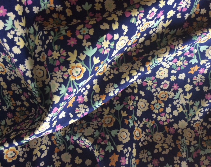 High quality cotton poplin dyed in Japan with Floral print, navy