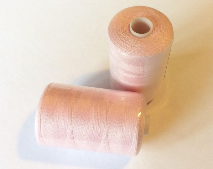 Sewing thread, 1000yds or 915m, soft pink