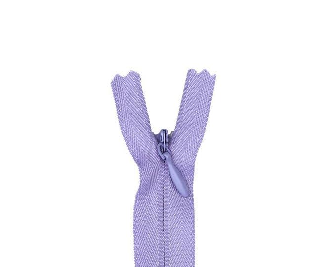 """Invisible, concealed nylon coil zipper, 56cm (22""""), pale violet"""