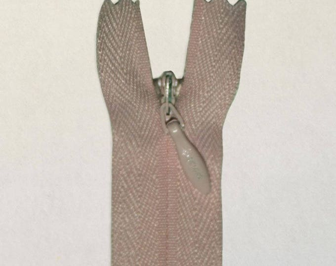 """Invisible, concealed nylon coil zipper, 56cm (22""""), greyish beige"""
