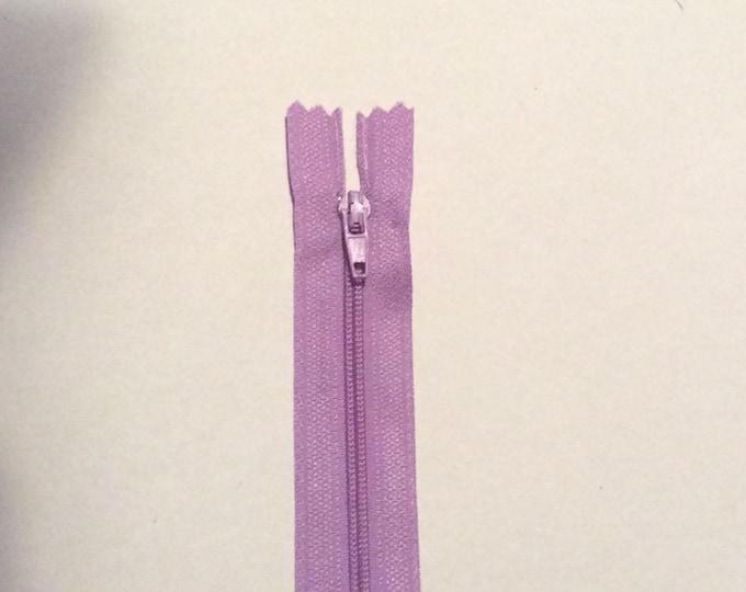 "Nylon coil zipper, 20cm (8""), pale purple"