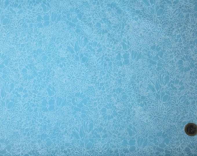 High quality cotton poplin dyed in Japan, sky blue floral print