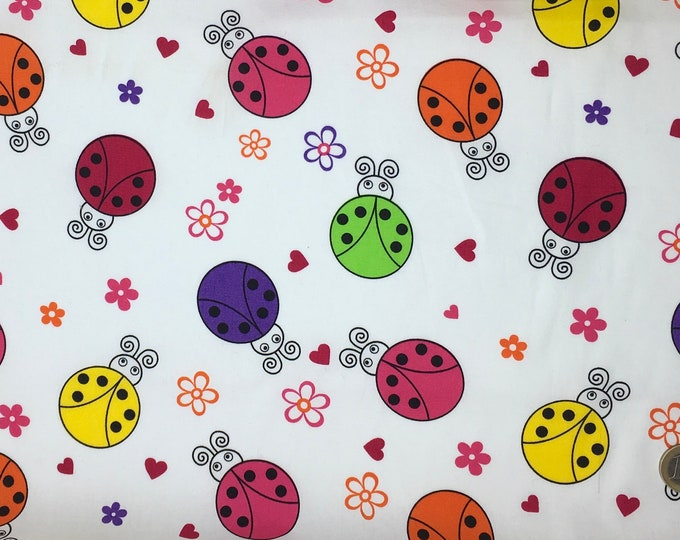 High quality cotton poplin, ladybugs on white