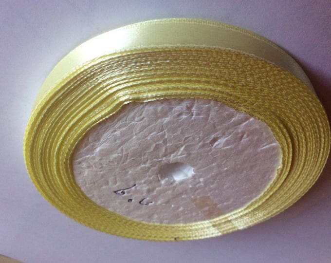 Roll of 22.5m of satin ribbon single face, light yellow no09
