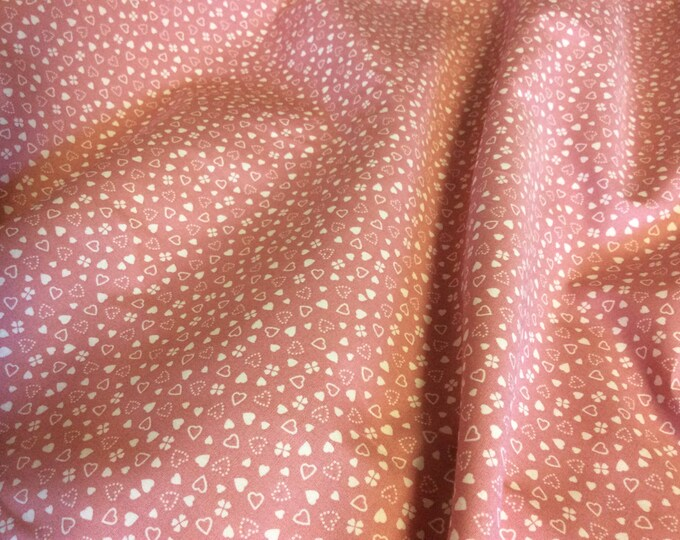 High quality cotton poplin dyed in Japan with hearts and clovers or shamlock , old pink