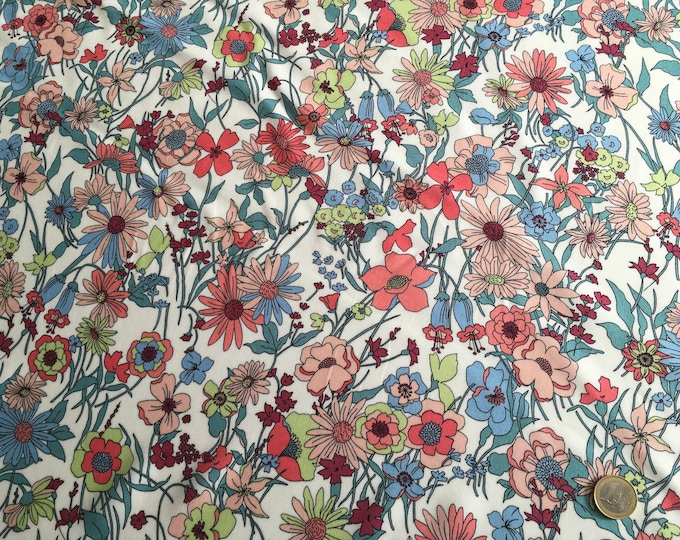 High quality faux silk or viscose fabric, jugend style flowers