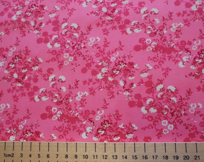 High quality cotton poplin, white floral print on pink
