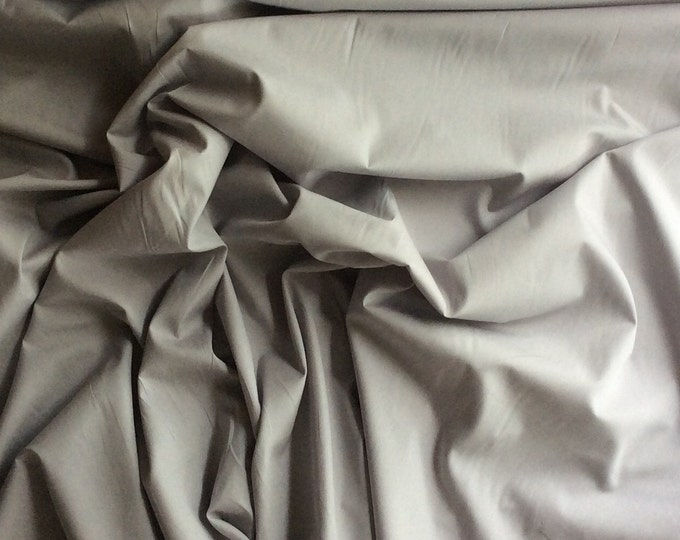 High quality cotton poplin dyed in Japan. light grey no22