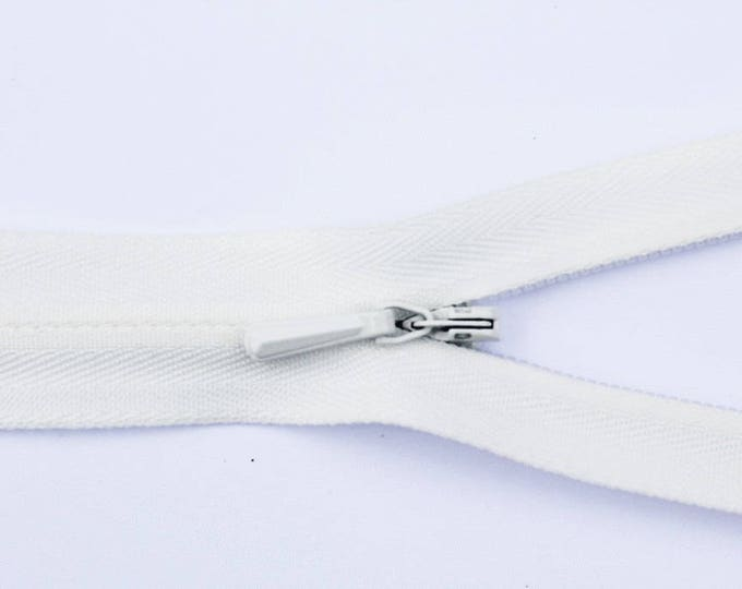 "Invisible concealed zippers, 56cm (22""), ivory or cream"