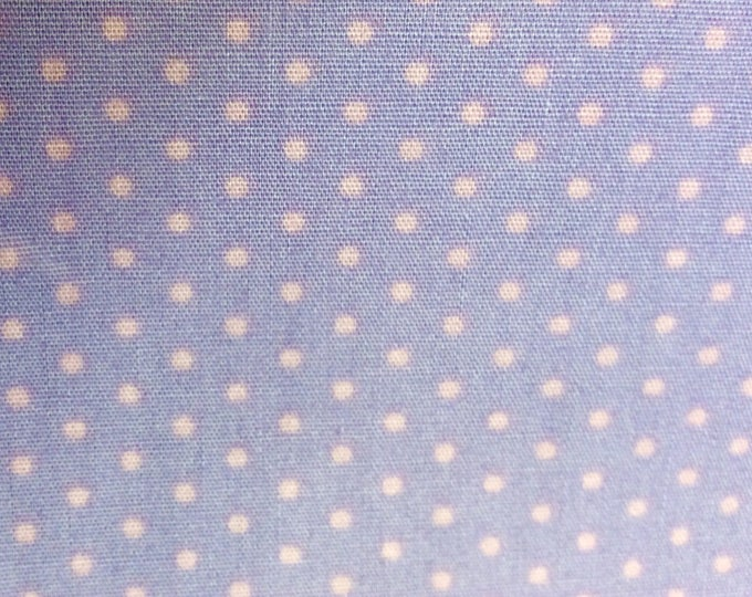 High quality cotton poplin, pink polka dots on lavender