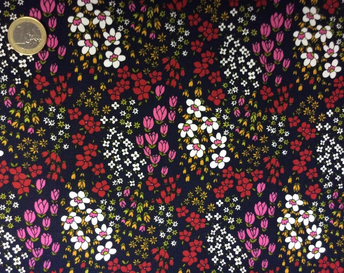 High quality cotton poplin dyed in Japan, floral print on navy