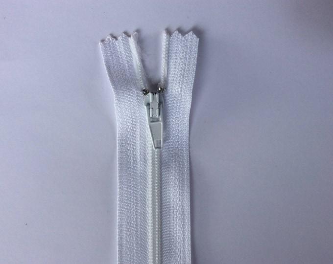"Nylon coil zippers, 20cm (8""), white"
