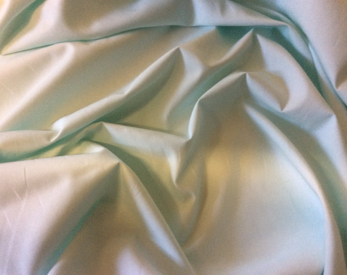 High quality cotton poplin dyed in JapaN. pzstell green no43