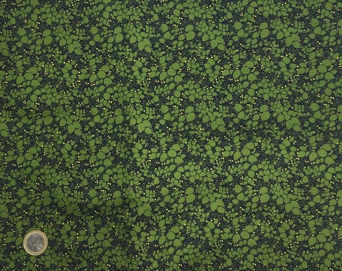 English Pima lawn cotton fabric, priced per 25cm. Foliage