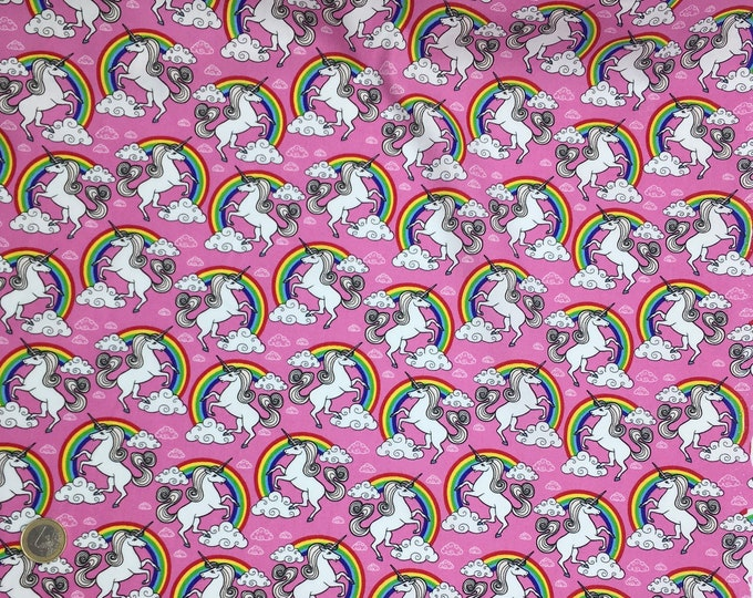 High quality cotton poplin, unicorns on pink