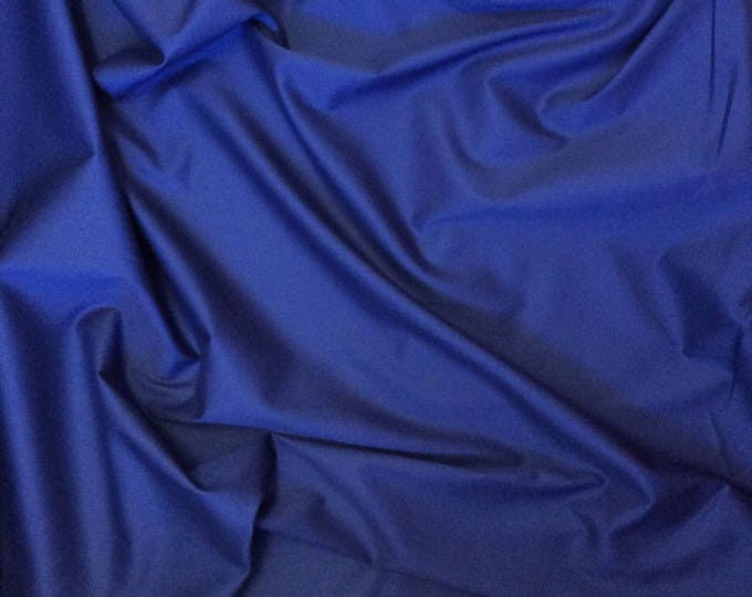 High quality, light cotton twill dyed in Japan, dark blue