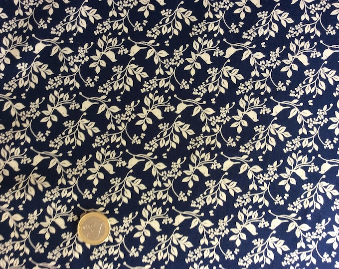 High quality cotton poplin, beige/navy floral print