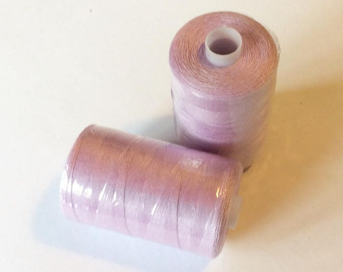 Sewing thread, 1000yds or 915m, pale lilac