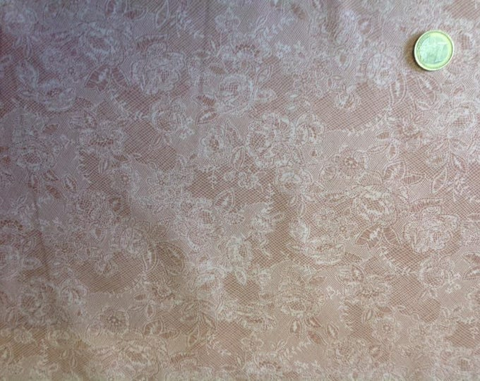 High quality cotton poplin, lace Print on soft apricot