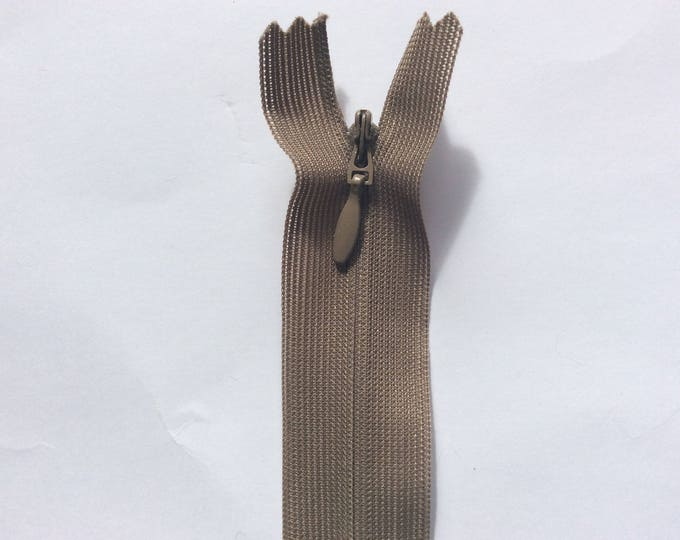"""Invisible, concealed nylon coil zippers, 60cm (24"""") dark beige"""