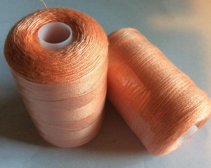 Sewing thread, 1000yds or 915m, peach 121