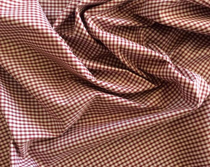 High quality Gingham polycotton poplin. maroon no19