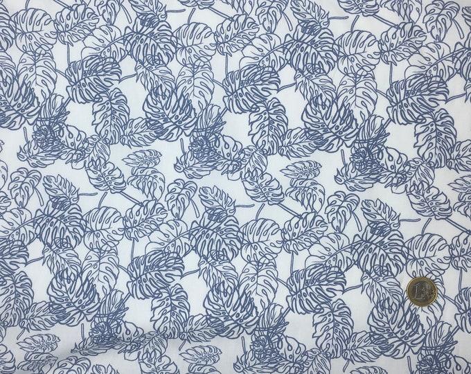 High quality cotton poplin, greyish blue jungle leaves