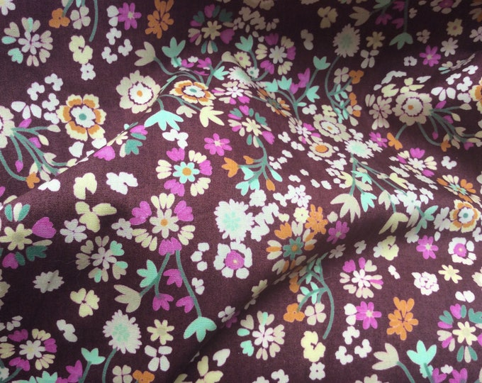 High quality cotton poplin printed in Japan, floral print on brown