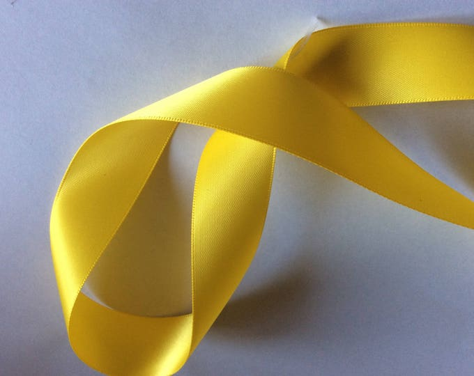 Double sided sateen ribbon, yellow no645