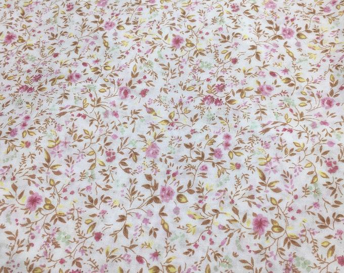 English Pima lawn cotton fabric, priced per 25cm. Maud