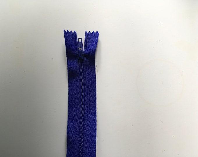 Nylon coil zipper, 40cm (16»), royal blue