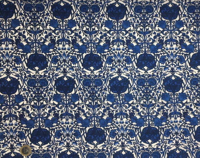 English Pima lawn cotton fabric, jugend style foliage